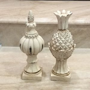 Set of Finials